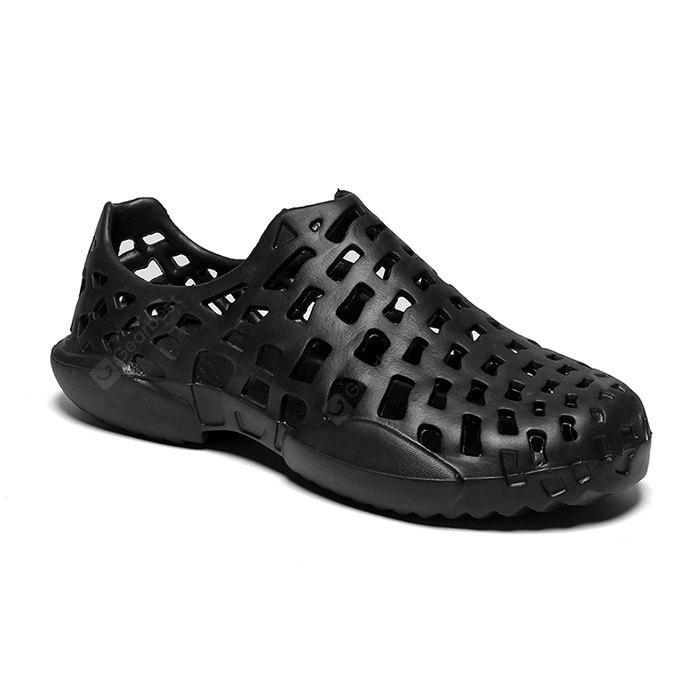 Men Fashion Anti-slip Ultralight Beach Hollow Sandals