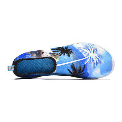 Men Stylish Print Quick Drying Barefoot Water Skin ShoesFlats &amp; Loafers<br>Men Stylish Print Quick Drying Barefoot Water Skin Shoes<br><br>Closure Type: Slip-On<br>Contents: 1 x Pair of Shoes<br>Function: Slip Resistant<br>Materials: Fabric, TPR<br>Occasion: Beach, Sports, Shopping, Daily, Casual<br>Outsole Material: TPR<br>Package Size ( L x W x H ): 28.00 x 13.00 x 6.00 cm / 11.02 x 5.12 x 2.36 inches<br>Package weight: 0.5200 kg<br>Product weight: 0.5000 kg<br>Seasons: Autumn,Spring,Summer<br>Style: Fashion, Comfortable, Casual<br>Toe Shape: Round Toe<br>Type: Flat Shoes