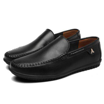Men Trendy Slip-On Leather Flat Casual ShoesFlats &amp; Loafers<br>Men Trendy Slip-On Leather Flat Casual Shoes<br><br>Closure Type: Slip-On<br>Contents: 1 x Pair of Shoes, 1 x Box<br>Function: Slip Resistant<br>Materials: Leather, Rubber<br>Occasion: Shopping, Holiday, Formal, Daily, Casual<br>Outsole Material: Rubber<br>Package Size ( L x W x H ): 30.00 x 19.00 x 18.00 cm / 11.81 x 7.48 x 7.09 inches<br>Package weight: 0.9000 kg<br>Product weight: 0.7000 kg<br>Seasons: Autumn,Spring,Summer<br>Style: Fashion, Comfortable, Casual, Business<br>Toe Shape: Round Toe<br>Type: Flat Shoes<br>Upper Material: Leather