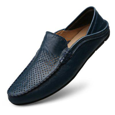 Contract Punching Leather Flat Shoes for MenFlats &amp; Loafers<br>Contract Punching Leather Flat Shoes for Men<br><br>Closure Type: Slip-On<br>Contents: 1 x Pair of Shoes, 1 x Box<br>Function: Slip Resistant<br>Materials: Leather, Rubber<br>Outsole Material: Rubber<br>Package Size ( L x W x H ): 33.00 x 22.00 x 11.00 cm / 12.99 x 8.66 x 4.33 inches<br>Package weight: 0.7500 kg<br>Product Size  ( L x W x H ): 33.00 x 22.00 x 11.00 cm / 12.99 x 8.66 x 4.33 inches<br>Product weight: 0.6000 kg<br>Toe Shape: Round Toe<br>Type: Casual Leather Shoes<br>Upper Material: Leather