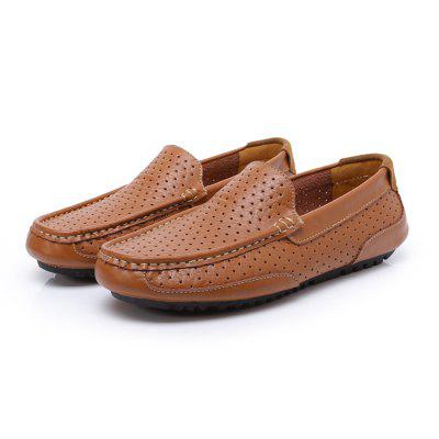Hollow-out Casual Loafer Shoes for MenFlats &amp; Loafers<br>Hollow-out Casual Loafer Shoes for Men<br><br>Closure Type: Slip-On<br>Contents: 1 x Pair of Shoes, 1 x Box<br>Decoration: Hollow Out<br>Function: Slip Resistant<br>Materials: Leather, Rubber<br>Outsole Material: Rubber<br>Package Size ( L x W x H ): 32.00 x 21.00 x 13.00 cm / 12.6 x 8.27 x 5.12 inches<br>Package weight: 0.7100 kg<br>Pattern Type: Solid<br>Product weight: 0.5600 kg<br>Style: Leisure, Casual, Comfortable<br>Toe Shape: Round Toe<br>Type: Casual Leather Shoes<br>Upper Material: Leather