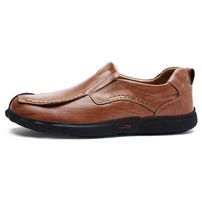 Handcrafted Leather Casual Shoes for MenMen's Oxford<br>Handcrafted Leather Casual Shoes for Men<br><br>Closure Type: Slip-On<br>Contents: 1 x Pair of Shoes, 1 x Box<br>Function: Slip Resistant<br>Materials: Leather, Rubber<br>Outsole Material: Rubber<br>Package Size ( L x W x H ): 31.00 x 21.00 x 12.00 cm / 12.2 x 8.27 x 4.72 inches<br>Package weight: 0.8500 kg<br>Product weight: 0.7500 kg<br>Seasons: Autumn,Spring<br>Style: Leisure, Casual<br>Toe Shape: Round Toe<br>Type: Casual Leather Shoes<br>Upper Material: Leather