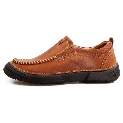 High-quality Handcrafted Casual Shoes for MenMen's Oxford<br>High-quality Handcrafted Casual Shoes for Men<br><br>Closure Type: Slip-On<br>Contents: 1 x Pair of Shoes, 1 x Box<br>Function: Slip Resistant<br>Materials: Leather, Rubber<br>Outsole Material: Rubber<br>Package Size ( L x W x H ): 31.00 x 21.00 x 12.00 cm / 12.2 x 8.27 x 4.72 inches<br>Package weight: 0.9500 kg<br>Product weight: 0.8500 kg<br>Seasons: Autumn,Spring<br>Style: Comfortable, Casual<br>Toe Shape: Round Toe<br>Type: Casual Leather Shoes<br>Upper Material: Leather