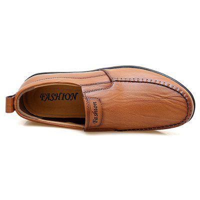 Fashion Business Breathable Leather Casual ShoesMen's Oxford<br>Fashion Business Breathable Leather Casual Shoes<br><br>Closure Type: Slip-On<br>Contents: 1 x Pair of Shoes, 1 x Box<br>Function: Slip Resistant<br>Materials: Leather, Rubber<br>Occasion: Casual, Shopping, Holiday, Formal, Daily<br>Outsole Material: Rubber<br>Package Size ( L x W x H ): 31.00 x 21.00 x 12.00 cm / 12.2 x 8.27 x 4.72 inches<br>Package weight: 0.9000 kg<br>Product weight: 0.8000 kg<br>Seasons: Autumn,Spring,Summer<br>Style: Fashion, Comfortable, Casual<br>Toe Shape: Round Toe<br>Type: Casual Leather Shoes<br>Upper Material: Leather