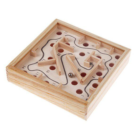 Wooden Labyrinth Puzzle Maze - WOOD COLOR в магазине GearBest