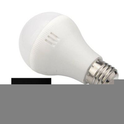 E27 7W LED Ultra Bright Home Use BulbGlobe bulbs<br>E27 7W LED Ultra Bright Home Use Bulb<br><br>Angle: 120 degree<br>Available Light Color: Warm White,White<br>Emitter Types: SMD 5730<br>Features: Energy Saving, Non-dimmable<br>Function: Home Lighting<br>Holder: E27<br>Output Power: 7W<br>Package Contents: 1 x Ball Bulb<br>Package size (L x W x H): 5.50 x 5.50 x 11.50 cm / 2.17 x 2.17 x 4.53 inches<br>Package weight: 0.1130 kg<br>Product size (L x W x H): 5.00 x 5.00 x 11.00 cm / 1.97 x 1.97 x 4.33 inches<br>Product weight: 0.0880 kg<br>Sheathing Material: PC<br>Type: Ball Bulbs<br>Voltage (V): AC 110