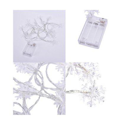 5m Snowflake LED String LightLED Strips<br>5m Snowflake LED String Light<br><br>Features: Low Power Consumption<br>Input Voltage: AC220<br>Length: 5M<br>Material: Plastic<br>Package Contents: 1 x String Light<br>Package size (L x W x H): 14.00 x 10.00 x 2.00 cm / 5.51 x 3.94 x 0.79 inches<br>Package weight: 0.3300 kg<br>Product weight: 0.3000 kg<br>Rated Power (W): 1.8W<br>Type: LED String<br>Waterproof: No