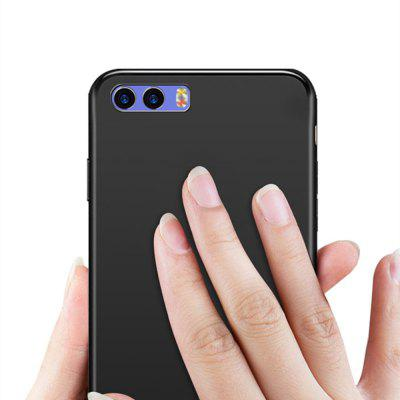 Anti-fingerprint Phone Case for Xiaomi Mi6 PlusCases &amp; Leather<br>Anti-fingerprint Phone Case for Xiaomi Mi6 Plus<br><br>Color: Black<br>Features: Anti-knock, Back Cover, Dirt-resistant<br>Mainly Compatible with: Xiaomi<br>Material: TPU<br>Package Contents: 1 x Case<br>Package size (L x W x H): 16.50 x 8.50 x 1.50 cm / 6.5 x 3.35 x 0.59 inches<br>Package weight: 0.0200 kg<br>Product Size(L x W x H): 16.00 x 8.00 x 0.90 cm / 6.3 x 3.15 x 0.35 inches<br>Product weight: 0.0180 kg<br>Style: Modern