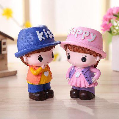 Cartoon Couple Desktop Decorations 2PCSCrafts<br>Cartoon Couple Desktop Decorations 2PCS<br><br>Material: Resin<br>Package Contents: 1 x Pair of Resin Decoration<br>Package size (L x W x H): 10.00 x 12.00 x 12.00 cm / 3.94 x 4.72 x 4.72 inches<br>Package weight: 0.2600 kg<br>Product weight: 0.2400 kg<br>Subjects: Cartoon