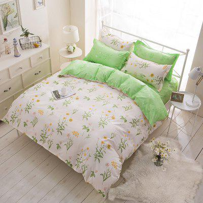 Dyy 4PCS Fashion Individual Chemical Fiber Bedding Set Pillowcase Bed Sheet Quilt Cover K12.1.8Bedding Sets<br>Dyy 4PCS Fashion Individual Chemical Fiber Bedding Set Pillowcase Bed Sheet Quilt Cover K12.1.8<br><br>Package Contents: 2 x Pillowcase,1 x Bed Sheet,1 x Quilt Cover<br>Package size (L x W x H): 29.00 x 17.00 x 1.50 cm / 11.42 x 6.69 x 0.59 inches<br>Package weight: 1.6000 kg<br>Pattern Type: Animal, Random pattern, Novelty, Leaf<br>Product size (L x W x H): 230.00 x 230.00 x 1.00 cm / 90.55 x 90.55 x 0.39 inches<br>Product weight: 1.4000 kg<br>Style: Cartoon / Anime, Fresh / Rural, Strip / Grid, Scenery / Landscape