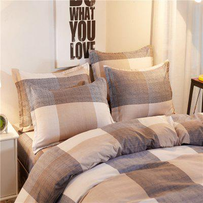 Dyy 3PCS Fashion Stripe Individual Bedding Set Pillowcase Bed Sheet Quilt CoverBedding Sets<br>Dyy 3PCS Fashion Stripe Individual Bedding Set Pillowcase Bed Sheet Quilt Cover<br><br>Package Contents: 1 x Pillowcase,1 x Bed Sheet,1 x Quilt Cover<br>Package size (L x W x H): 29.00 x 17.00 x 1.50 cm / 11.42 x 6.69 x 0.59 inches<br>Package weight: 1.1000 kg<br>Pattern Type: Animal, Random pattern, Novelty, Leaf<br>Product size (L x W x H): 155.00 x 230.00 x 1.00 cm / 61.02 x 90.55 x 0.39 inches<br>Product weight: 1.0000 kg<br>Style: Cartoon / Anime, Fresh / Rural, Scenery / Landscape