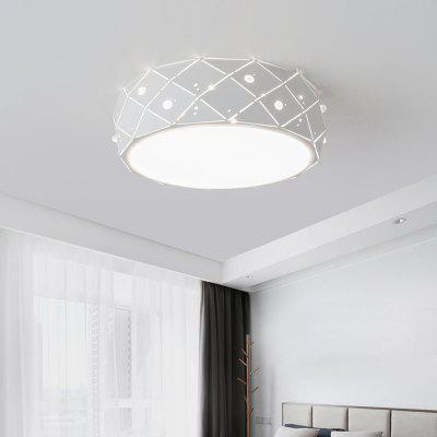 Ever - Flower Modern Simple LED Ceiling Light Mount with White Color Painted FinishFlush Ceiling Lights<br>Ever - Flower Modern Simple LED Ceiling Light Mount with White Color Painted Finish<br><br>Battery Included: No<br>Brand: Ever-Flower<br>Bulb Base: LED Integrated<br>Bulb Included: Yes<br>Chain / Cord Adjustable or Not: Chain / Cord Not Adjustable<br>Dimmable: No<br>Features: Wrought Iron, Designers<br>Finish: Painting,White<br>Fixture Height ( CM ): 10<br>Fixture Length ( CM ): 30<br>Fixture Material: Metal<br>Fixture Width ( CM ): 30<br>Light Direction: Downlight<br>Light Source Color: Cold White,Warm White<br>Package Contents: 1 x Lamp Body, 1 x Accessory Bag<br>Package size (L x W x H): 35.00 x 35.00 x 15.00 cm / 13.78 x 13.78 x 5.91 inches<br>Package weight: 1.4000 kg<br>Remote Control Supported: No<br>Shade Material: Acrylic<br>Stepless Dimming: No<br>Style: Chic &amp; Modern, Modern/Contemporary, Simple Style<br>Suggested Room Size: 5 - 10?<br>Suggested Space Fit: Bedroom,Cafes,Dining Room,Indoors,Kitchen,Living Room,Study Room<br>Type: Flush Mount<br>Voltage ( V ): AC110 - 130,AC220 - 240<br>Wattage (W): 12<br>Wattage per Bulb ( W ): 12