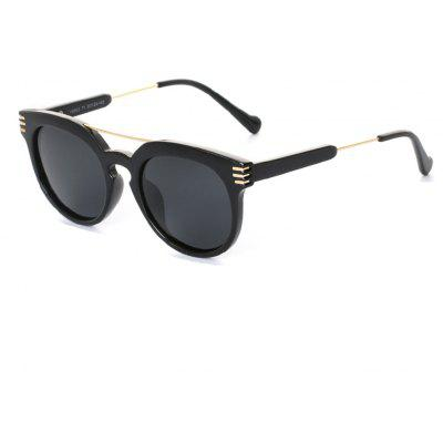Buy BLACK+GREY TOMYE 9902 PC and Metal Unisex Fashion Polarized Sunglasses for $15.60 in GearBest store
