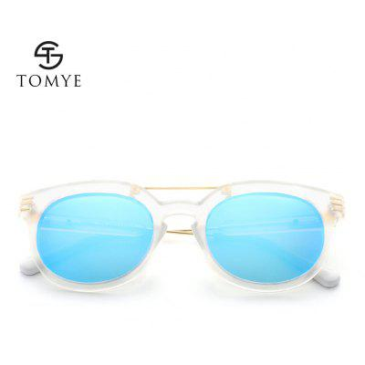 TOMYE 9902 PC and Metal Unisex Fashion Polarized SunglassesMens Sunglasses<br>TOMYE 9902 PC and Metal Unisex Fashion Polarized Sunglasses<br><br>Frame Length: 142mm<br>Frame material: Acetate<br>Gender: Unisex<br>Group: Adult<br>Lens height: 52mm<br>Lens material: Resin<br>Lens width: 50mm<br>Lenses Optical Attribute: Polarized<br>Nose: 24mm<br>Package Contents: 1 x TOMYE 9902 Polarized sunglasses, 1 x Glasses Case, 1 x Glasses Case, 1 x Glasses Bag, 1 x Glasses Cloth, 1 x Polarization Test Card, 1 x Multifunctional Screwdriver<br>Package size (L x W x H): 19.00 x 10.00 x 8.00 cm / 7.48 x 3.94 x 3.15 inches<br>Package weight: 0.0260 kg<br>Style: Round<br>Temple Length: 142mm