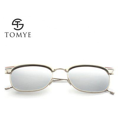 TOMYE 9916 Metal Round Frame Polarized Sunglasses for Men and WomenMens Sunglasses<br>TOMYE 9916 Metal Round Frame Polarized Sunglasses for Men and Women<br><br>Frame Length: 143mm<br>Frame material: Copper<br>Gender: Unisex<br>Group: Adult<br>Lens height: 53mm<br>Lens material: Resin<br>Lens width: 54mm<br>Lenses Optical Attribute: Polarized<br>Nose: 20mm<br>Package Contents: 1 x TOMYE 9916 Polarized sunglasses, 1 x Glasses Case, 1 x Glasses Cloth<br>Package size (L x W x H): 18.00 x 7.00 x 6.00 cm / 7.09 x 2.76 x 2.36 inches<br>Package weight: 0.0270 kg<br>Style: Round<br>Temple Length: 149mm