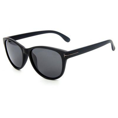 Buy MATTE BLACK+GREY TOMYE P6025 Fashion PC Cat Eye Polarized Sunglasses for Women for $13.28 in GearBest store