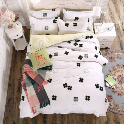 weina 4-piece Cotton Warm Lovely Pattern Bedding SetBedding Sets<br>weina 4-piece Cotton Warm Lovely Pattern Bedding Set<br><br>Brand: weina<br>Category: Bedding Set<br>For: All<br>Material: Cotton<br>Occasion: Bedroom<br>Package Contents: 1 x Quilt Cover, 1 x Bed Sheet, 2 x Pillow Case<br>Package size (L x W x H): 50.00 x 40.00 x 5.00 cm / 19.69 x 15.75 x 1.97 inches<br>Package weight: 2.8000 kg<br>Product weight: 2.5000 kg
