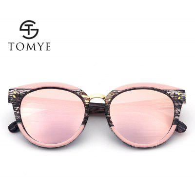 TOMYE 55919 New Fashion Cat Polarized Sunglasses for WomenWomens Sunglasses<br>TOMYE 55919 New Fashion Cat Polarized Sunglasses for Women<br><br>Brand: TOMYE<br>Frame Length: 143mm<br>Frame material: Acetate<br>Gender: For Women<br>Group: Adult<br>Lens height: 53mm<br>Lens material: Resin<br>Lens width: 53mm<br>Lenses Optical Attribute: Polarized<br>Nose: 14mm<br>Package Contents: 1 x sunglass, 1 x Glasses Case, 1 x Glasses Cloth<br>Package size (L x W x H): 16.00 x 6.00 x 6.00 cm / 6.3 x 2.36 x 2.36 inches<br>Package weight: 0.0700 kg<br>Product weight: 0.0250 kg<br>Style: Cat Eye<br>Temple Length: 143mm