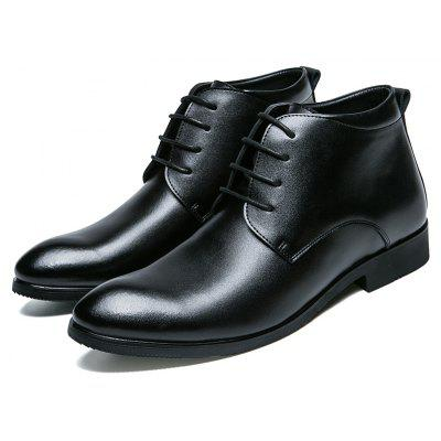 Oxford Business Men Shoes Genuine Leather High Quality Soft Leisure Breathable Mens FlatsFormal Shoes<br>Oxford Business Men Shoes Genuine Leather High Quality Soft Leisure Breathable Mens Flats<br><br>Available Size: 39-44<br>Closure Type: Lace-Up<br>Embellishment: None<br>Gender: For Men<br>Insole Material: TPR<br>Occasion: Office &amp; Career<br>Outsole Material: Rubber<br>Package Contents: 1?Shoes(pair)<br>Pattern Type: Solid<br>Season: Spring/Fall, Winter<br>Shoe Width: Medium(B/M)<br>Toe Shape: Round Toe<br>Toe Style: Closed Toe<br>Upper Material: Genuine Leather<br>Weight: 1.2000kg