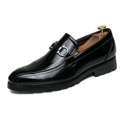 Oxford Business Men Shoes Genuine Leather High Quality Soft Casual British FlatsFormal Shoes<br>Oxford Business Men Shoes Genuine Leather High Quality Soft Casual British Flats<br><br>Available Size: 38-44<br>Closure Type: Lace-Up<br>Embellishment: None<br>Gender: For Men<br>Insole Material: TPR<br>Occasion: Office &amp; Career<br>Outsole Material: Rubber<br>Package Contents: 1?Shoes(pair)<br>Pattern Type: Solid<br>Season: Winter, Spring/Fall<br>Shoe Width: Medium(B/M)<br>Toe Shape: Round Toe<br>Toe Style: Closed Toe<br>Upper Material: Genuine Leather<br>Weight: 1.2000kg