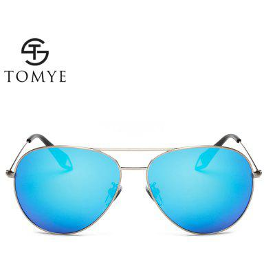 TOMYE 0101 Unisex Casual Aviator Polarized SunglassesMens Sunglasses<br>TOMYE 0101 Unisex Casual Aviator Polarized Sunglasses<br><br>Brand: TOMYE<br>Frame Length: 136mm<br>Frame material: Copper<br>Gender: Unisex<br>Group: Adult<br>Lens height: 55mm<br>Lens material: Resin<br>Lens width: 60mm<br>Lenses Optical Attribute: Polarized<br>Nose: 15mm<br>Package Contents: 1 x Pair of Sunglasses, 1 x Glasses Case, 1 x Glasses Cloth<br>Package size (L x W x H): 16.00 x 6.00 x 6.00 cm / 6.3 x 2.36 x 2.36 inches<br>Package weight: 0.0700 kg<br>Product weight: 0.0170 kg<br>Style: Pilot<br>Temple Length: 131mm
