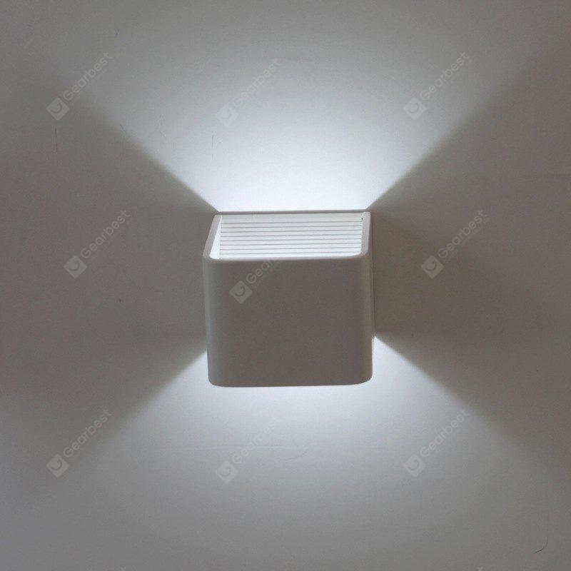 Modern Style 3W Square Aluminum LED Wall Lamp Indoor Decor
