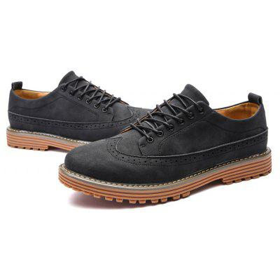British Men Brogue Casual Leather ShoesCasual Shoes<br>British Men Brogue Casual Leather Shoes<br><br>Available Size: 39 40 41 42 43 44<br>Closure Type: Lace-Up<br>Embellishment: None<br>Gender: For Men<br>Outsole Material: Rubber<br>Package Contents: 1?Shoes(pair)<br>Pattern Type: Others<br>Season: Spring/Fall<br>Toe Shape: Round Toe<br>Toe Style: Closed Toe<br>Upper Material: PU<br>Weight: 1.0200kg
