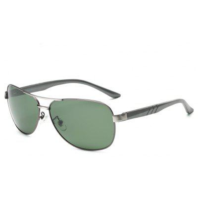 Buy GUN METAL FRAME + BLACKISH GREEN TOMYE 9175 Al-Mg Alloy Aviator Polarized Sunglasses for Men for $20.98 in GearBest store