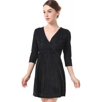 Short Solid-Colored Velvet DressMini Dresses<br>Short Solid-Colored Velvet Dress<br><br>Dresses Length: Mini<br>Elasticity: Micro-elastic<br>Embellishment: Vintage<br>Fabric Type: Velour<br>Material: Polyester<br>Neckline: V-Neck<br>Package Contents: 1 x Dress<br>Pattern Type: Solid<br>Season: Fall, Winter<br>Silhouette: A-Line<br>Sleeve Length: 3/4 Length Sleeves<br>Style: Vintage<br>Waist: Natural<br>Weight: 0.4000kg<br>With Belt: No