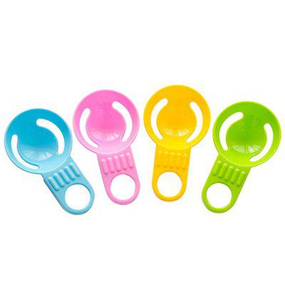 DIHE Egg SeparatorOther Kitchen Accessories<br>DIHE Egg Separator<br><br>Available Color: Blue,Green,Pink,Yellow<br>Brand: DIHE<br>Material: PP<br>Package Contents: 1 ? Cooking Tool<br>Package size (L x W x H): 10.50 x 6.00 x 3.00 cm / 4.13 x 2.36 x 1.18 inches<br>Package weight: 0.0110 kg<br>Product size (L x W x H): 10.50 x 6.00 x 3.00 cm / 4.13 x 2.36 x 1.18 inches<br>Product weight: 0.0080 kg<br>Type: Other Kitchen Accessories