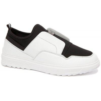 Buy BLACK WHITE 39 Men Fashion Hot Sale Slip-On Flat Shoes for $52.79 in GearBest store