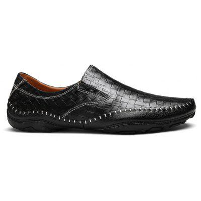 Comfortable Breathable Leather Casual ShoesCasual Shoes<br>Comfortable Breathable Leather Casual Shoes<br><br>Available Size: 38-44<br>Closure Type: Slip-On<br>Embellishment: None<br>Gender: For Men<br>Outsole Material: Rubber<br>Package Contents: 1 x Shoes (pair)<br>Pattern Type: Checkered<br>Season: Summer, Winter, Spring/Fall<br>Toe Shape: Round Toe<br>Toe Style: Closed Toe<br>Upper Material: Genuine Leather<br>Weight: 1.4852kg
