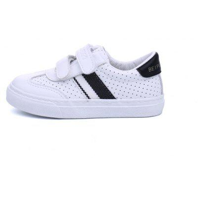 New Trend of Childrens Leisure Breathable Hollow Male White ShoesBoys Clothing<br>New Trend of Childrens Leisure Breathable Hollow Male White Shoes<br><br>Available Size: 24-37<br>Closure Type: Hook / Loop<br>Embellishment: Pattern<br>Gender: Unisex<br>Heel Height Range: Low(0.75-1.5)<br>Heel Type: Low Heel<br>Insole Material: Rubber<br>Item Type: Children Casual Shoes<br>Lining Material: Canvas<br>Outsole Material: Rubber<br>Package Contents: 1 x Pair of Shoes<br>Package weight: 0.6000 kg<br>Pattern Type: Patchwork<br>Product weight: 0.5500 kg<br>Seasons: Spring/Fall,Summer,Winter<br>Shoe Width: Medium(B/M)<br>Toe Shape: Round Toe<br>Upper Material: Microfiber