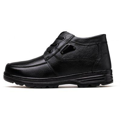 Men New Design High Quality Genuine Leather Business Fashion Ankle ShoesFormal Shoes<br>Men New Design High Quality Genuine Leather Business Fashion Ankle Shoes<br><br>Available Size: 38-44<br>Closure Type: Lace-Up<br>Embellishment: None<br>Gender: For Men<br>Occasion: Casual<br>Outsole Material: Rubber<br>Package Contents: 1?Shoes(pair)<br>Pattern Type: Solid<br>Season: Winter, Spring/Fall<br>Toe Shape: Round Toe<br>Toe Style: Closed Toe<br>Upper Material: Leather<br>Weight: 1.2000kg