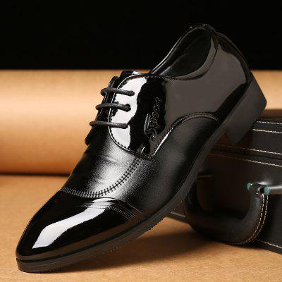 Men New Design Walking Trend for Fashion Business Leather Black Wedding ShoesFormal Shoes<br>Men New Design Walking Trend for Fashion Business Leather Black Wedding Shoes<br><br>Available Size: 37-44<br>Closure Type: Lace-Up<br>Embellishment: None<br>Gender: For Men<br>Occasion: Wedding<br>Outsole Material: Rubber<br>Package Contents: 1?Shoes(pair)<br>Pattern Type: Solid<br>Season: Winter, Spring/Fall<br>Toe Shape: Round Toe<br>Toe Style: Closed Toe<br>Upper Material: Leather<br>Weight: 1.2000kg