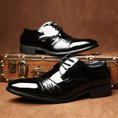 Men New Outdoor Walking Trend for Fashion Business Leather Black Wedding ShoesFormal Shoes<br>Men New Outdoor Walking Trend for Fashion Business Leather Black Wedding Shoes<br><br>Available Size: 37-43<br>Closure Type: Lace-Up<br>Embellishment: None<br>Gender: For Men<br>Occasion: Wedding<br>Outsole Material: Rubber<br>Package Contents: 1?Shoes(pair)<br>Pattern Type: Solid<br>Season: Winter, Spring/Fall<br>Toe Shape: Round Toe<br>Toe Style: Closed Toe<br>Upper Material: Leather<br>Weight: 1.2000kg