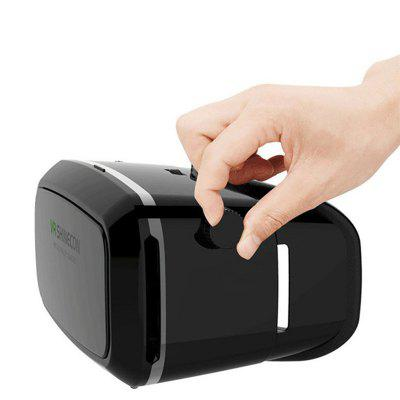 3D Glasses VR BOX VR Shinecon Movies Games Virtual Reality HeadsetOther Consumer Electronics<br>3D Glasses VR BOX VR Shinecon Movies Games Virtual Reality Headset<br><br>Package Contents: 1 x Virtual Reality Headset<br>Package size (L x W x H): 20.00 x 8.00 x 10.00 cm / 7.87 x 3.15 x 3.94 inches<br>Package weight: 0.1500 kg<br>Product weight: 0.1500 kg