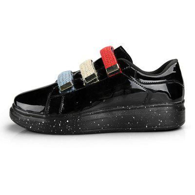 Autumn Fashion Sequins Casual Wild MenS ShoesCasual Shoes<br>Autumn Fashion Sequins Casual Wild MenS Shoes<br><br>Available Size: 39-44<br>Closure Type: Hook / Loop<br>Embellishment: None<br>Gender: For Men<br>Outsole Material: Rubber<br>Package Contents: 1xShoes(pair)<br>Pattern Type: Geometric<br>Season: Spring/Fall<br>Toe Shape: Round Toe<br>Toe Style: Closed Toe<br>Upper Material: PU<br>Weight: 1.2800kg