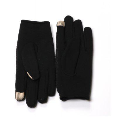Winter Gloves for Men with Touch Screen Finger and Rhombus PatternGloves<br>Winter Gloves for Men with Touch Screen Finger and Rhombus Pattern<br><br>Gender: For Men<br>Glove Length: Wrist<br>Group: Adult<br>Material: Spandex, Polyester<br>Package Contents: 1 x Pair of Gloves<br>Package size (L x W x H): 20.00 x 13.00 x 3.00 cm / 7.87 x 5.12 x 1.18 inches<br>Package weight: 0.2000 kg<br>Pattern Type: Geometric<br>Style: Fashion