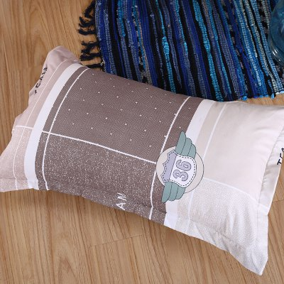 Weina Garden Bedding SetBedding Sets<br>Weina Garden Bedding Set<br><br>Brand: weina<br>Category: Bedding Set<br>For: All<br>Material: Cotton Linen<br>Occasion: Bedroom<br>Package Contents: 1 x Quilt Cover, 1 x Bed Sheet, 2 x Pillowcase<br>Package size (L x W x H): 50.00 x 40.00 x 5.00 cm / 19.69 x 15.75 x 1.97 inches<br>Package weight: 1.6000 kg<br>Product weight: 1.5000 kg
