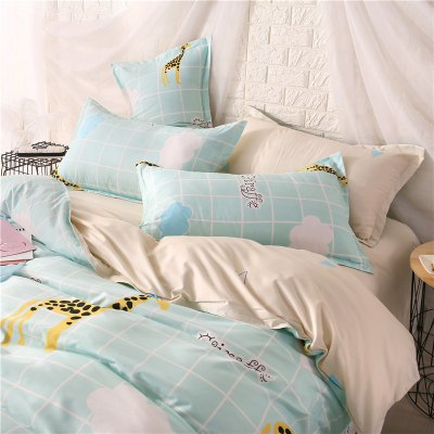 Weina Giraffe Pattern Warm Cotton Bedding SetBedding Sets<br>Weina Giraffe Pattern Warm Cotton Bedding Set<br><br>Category: Bedding Set<br>For: Adults<br>Material: Linen<br>Occasion: Bedroom<br>Package Contents: 1 x Quilt Cover, 1 x Bed Sheet, 2 x Pillowcase<br>Package size (L x W x H): 50.00 x 40.00 x 5.00 cm / 19.69 x 15.75 x 1.97 inches<br>Package weight: 1.6000 kg<br>Product weight: 1.5000 kg