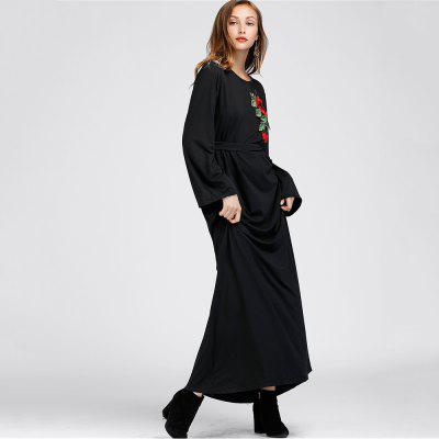 WomenS Loose Plus Applique Long Sleeve Maxi DressMaxi Dresses<br>WomenS Loose Plus Applique Long Sleeve Maxi Dress<br><br>Dresses Length: Ankle-Length<br>Elasticity: Micro-elastic<br>Fabric Type: Cotton and kapok hemp<br>Material: Cotton Blend<br>Neckline: Round Collar<br>Package Contents: 1 x Dress<br>Pattern Type: Floral<br>Season: Fall<br>Silhouette: Straight<br>Sleeve Length: Long Sleeves<br>Style: Casual<br>Waist: Natural<br>Weight: 0.4200kg<br>With Belt: No