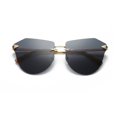 New Sunglasses of LadyWomens Sunglasses<br>New Sunglasses of Lady<br><br>Frame material: Stainless Steel<br>Gender: For Women<br>Group: Adult<br>Lens material: Resin<br>Package Contents: 1 x Pair of Sunglasses<br>Package size (L x W x H): 14.00 x 7.00 x 8.00 cm / 5.51 x 2.76 x 3.15 inches<br>Package weight: 0.1094 kg<br>Product weight: 0.0294 kg<br>Style: Cat Eye