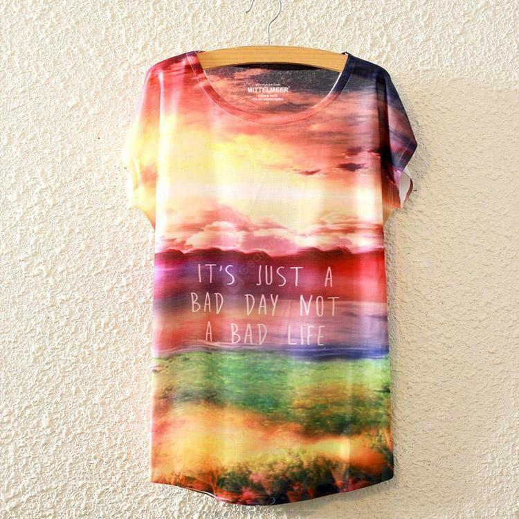 Summer New Europe Beauty Batwing Tops Night Unique Graffiti Style Short Sleeved Loose Women's T-shirt Digital Printed Blouse for Women