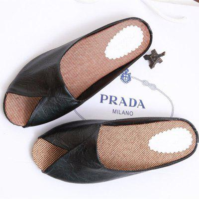 2017 New Flat Open Toe Slippers WomenSlippers &amp; Flip-Flops<br>2017 New Flat Open Toe Slippers Women<br><br>Available Size: 35.36.37.38.39.40<br>Gender: For Women<br>Heel Type: Flat Heel<br>Insole Material: PU<br>Lining Material: PU<br>Outsole Material: Rubber<br>Package Contents: 1 xShoes(pair)<br>Pattern Type: Solid<br>Platform Height: 1<br>Season: Summer, Spring/Fall, Winter<br>Shoe Width: Medium(B/M)<br>Slipper Type: Outdoor<br>Style: Concise<br>Technology: Adhesive<br>Upper Material: PU<br>Weight: 1.0400kg