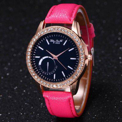 ZhouLianFa New Lychee Leather Strap Ladies Luxury Rose Gold Dial Diamond Movement Quartz WatchWith Gift BoxWomens Watches<br>ZhouLianFa New Lychee Leather Strap Ladies Luxury Rose Gold Dial Diamond Movement Quartz WatchWith Gift Box<br><br>Band material: PU Leather<br>Band size: 23 x 2cm<br>Brand: ZhouLianFa<br>Case material: Alloy<br>Clasp type: Pin buckle<br>Dial size: 4 x 4 x 1cm<br>Display type: Analog<br>Movement type: Quartz watch<br>Package Contents: 1 x Watch , 1 x Box<br>Package size (L x W x H): 14.00 x 9.00 x 6.00 cm / 5.51 x 3.54 x 2.36 inches<br>Package weight: 0.1000 kg<br>Product size (L x W x H): 23.00 x 4.00 x 1.00 cm / 9.06 x 1.57 x 0.39 inches<br>Product weight: 0.0300 kg<br>Shape of the dial: Round<br>Watch mirror: Mineral glass<br>Watch style: Casual, Fashion, Classic, Business, Retro, Lovely, Outdoor Sports, Childlike<br>Watches categories: Women,Female table<br>Water resistance: No
