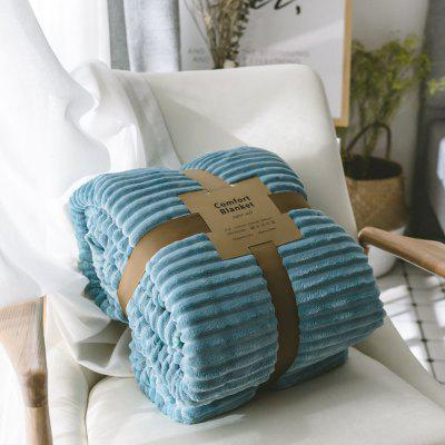 The New Product is Simple and Pure Color Thickened Warm Lamb BlanketBlankets &amp; Throws<br>The New Product is Simple and Pure Color Thickened Warm Lamb Blanket<br><br>Category: Blanket<br>For: All<br>Material: Others<br>Occasion: Library, Study, Travel, School, Office, Dining Room, Bedroom, Bathroom, Living Room, KTV, Bar<br>Package Contents: 1 x Blanket<br>Package size (L x W x H): 50.00 x 45.00 x 4.00 cm / 19.69 x 17.72 x 1.57 inches<br>Package weight: 2.0500 kg<br>Product weight: 1.9500 kg