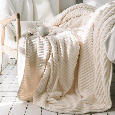 The New Product is Simple and Pure Color Thickened Warm Lamb Blanket