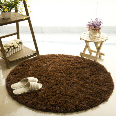Round  Rug Simple Solid Design Multipurpose Floor MatCarpets &amp; Rugs<br>Round  Rug Simple Solid Design Multipurpose Floor Mat<br><br>Category: Mat,Carpet<br>For: All<br>Material: Silk, Others, Polyester fibre<br>Occasion: Office, Dining Room, Bedroom, Bathroom, Kitchen Room, Living Room<br>Package Contents: 1 x carpet<br>Package size (L x W x H): 30.00 x 30.00 x 10.00 cm / 11.81 x 11.81 x 3.94 inches<br>Package weight: 0.8000 kg