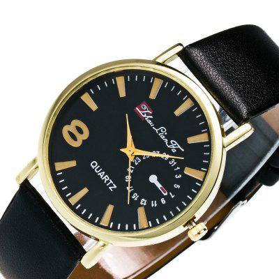 ZhouLianFa MenS and WomenS Quartz Watch Glossy Watch with Black Minimalist Creative Watch with Gift BoxUnisex Watches<br>ZhouLianFa MenS and WomenS Quartz Watch Glossy Watch with Black Minimalist Creative Watch with Gift Box<br><br>Band material: Leather<br>Band size: 23.5 x 2cm<br>Brand: ZhouLianFa<br>Case material: Alloy<br>Clasp type: Pin buckle<br>Dial size: 4 x 4 x 1cm<br>Display type: Analog<br>Movement type: Quartz watch<br>Package Contents: 1 x Watch , 1 x Box<br>Package size (L x W x H): 12.00 x 8.00 x 9.00 cm / 4.72 x 3.15 x 3.54 inches<br>Package weight: 0.1000 kg<br>People: Unisex table<br>Product size (L x W x H): 23.50 x 4.00 x 1.00 cm / 9.25 x 1.57 x 0.39 inches<br>Product weight: 0.0300 kg<br>Shape of the dial: Round<br>Watch style: Fashion, Business, Casual, Classic